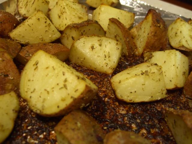 Herb-Roasted Potatoes -- Epicurean Vegan