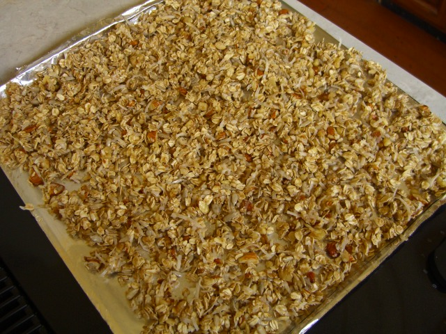 Easy, Healthy Granola -- Epicurean Vegan