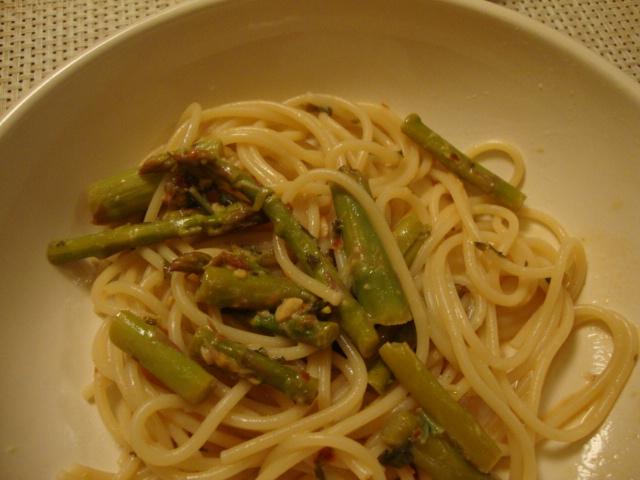 Pasta with Asparagus and Lemon Sauce -- Epicurean Vegan