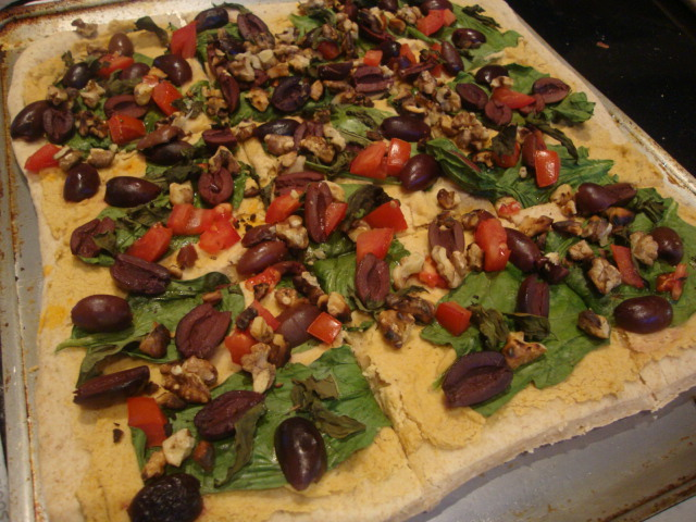 Hummus and Kalamata Olive Pizza -- Epicurean Vegan