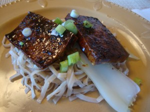Sesame Noodles With Tofu Steaks -- Epicurean Vegan