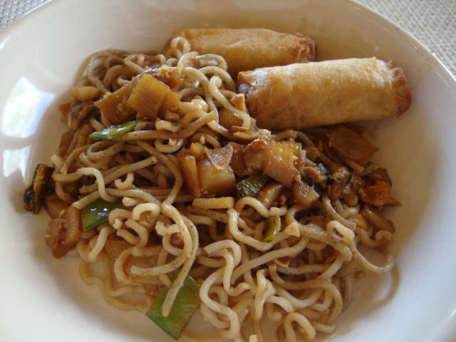 Vegetable Chow Mein -- Epicurean Vegan