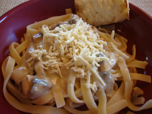 Vegan White Sauce and Pasta -- Epicurean Vegan