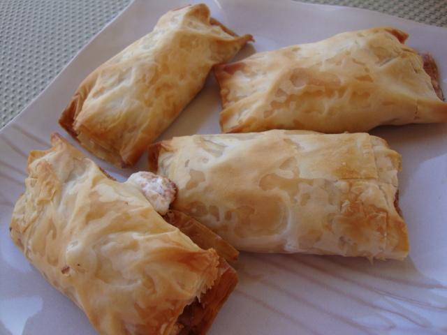 Apple Pastries -- Epicurean Vegan