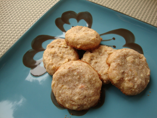 Lemon Almond Cookies -- Epicurean Vegan