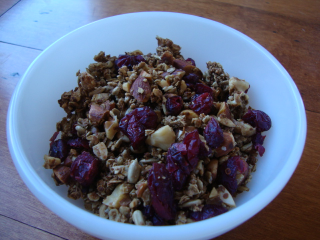 Chocolate-Espresso Balsamic Granola -- Epicurean Vegan
