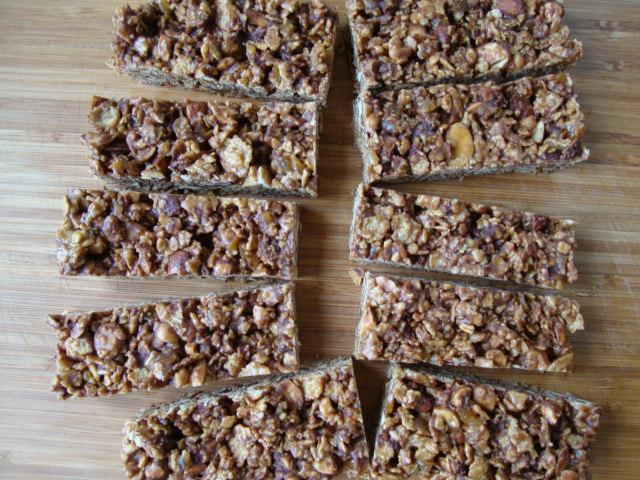 No Bake Roasted Nut and Mango Energy Bars, Backpacking Made (Vegan) Easy -- Epicurean Vegan